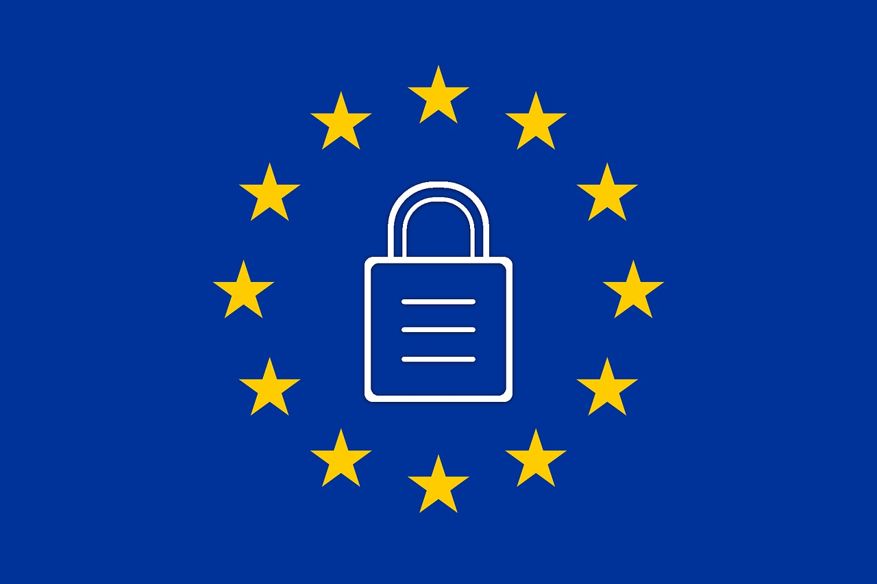 Padlock surrounded by stars on a blue background, GDPR logo
